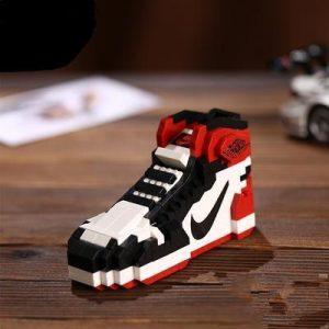 "fb329a4f2814 Air Jordan 1 ""Black Toe"" Sneaker LEGO"